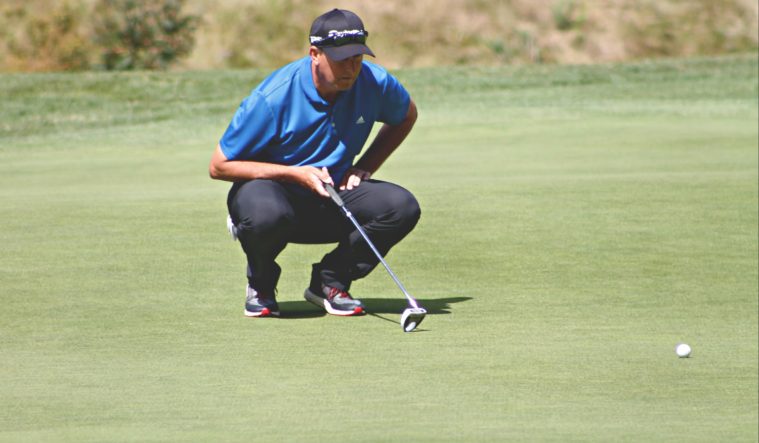 Parry takes lead into PGA of BC Championship final round